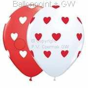 R085Q-0260-R nominal size 28cm wedding roundballoon Colours red and white, hearts color white and re