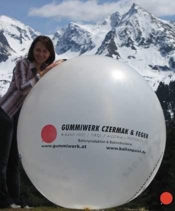 """R650-14-W  Ø~210cm Riesenluftballon bedruckt, Ballonfarbe nach Auswahl mit 1seitigem individuellen 4C Aufdruck in Siebdrucktechnik """" nicht passgenau"""" , Ballonstutzen unten."""