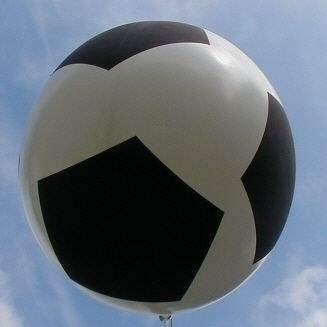 FUSSBALL Ballons mit Ø50cm - 80cm -100cm - 120cm - 165cm -210cm  Durchmesser, Aufdruck mit FUSSBALL SP03 in schwarz, 5seitig 1farbig bedruckt, BallonStutzen unten.